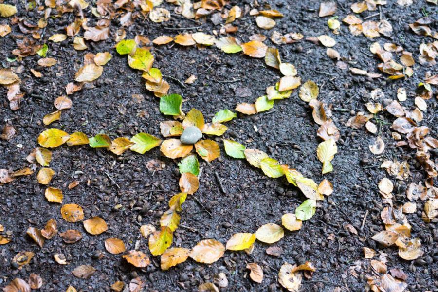 Kind-Wald-Spiel-Ellen-Girod-www.chezmamapoule.com-2