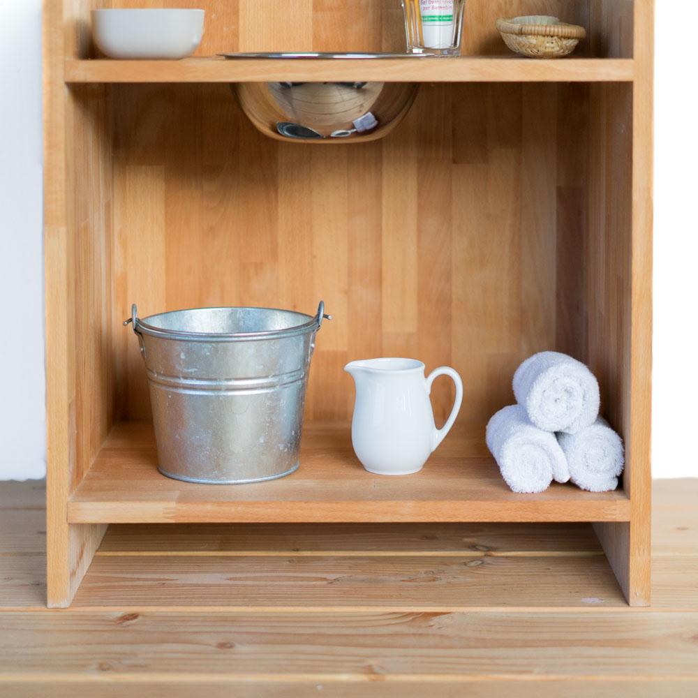 DIY Waschtisch nach Montessori chezmamapoule.com, Waschutensilien