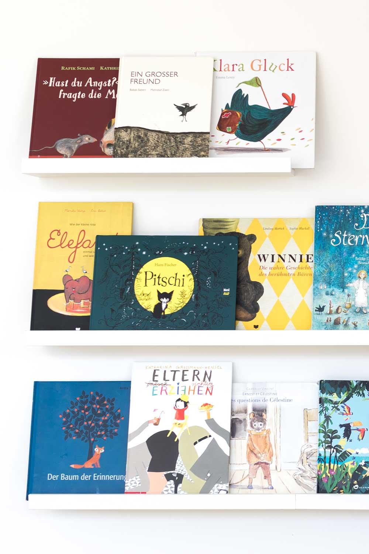 Wie Kinder Die Bucher Lieben Lernen Oder Unser Bucherregal Nach