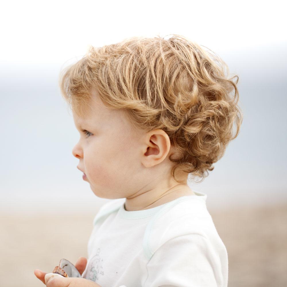 Curly Girl Methode für Kinder Spülungen ohne Silikon Haare kämmen ohne Tränen www.chezmamapoule.com