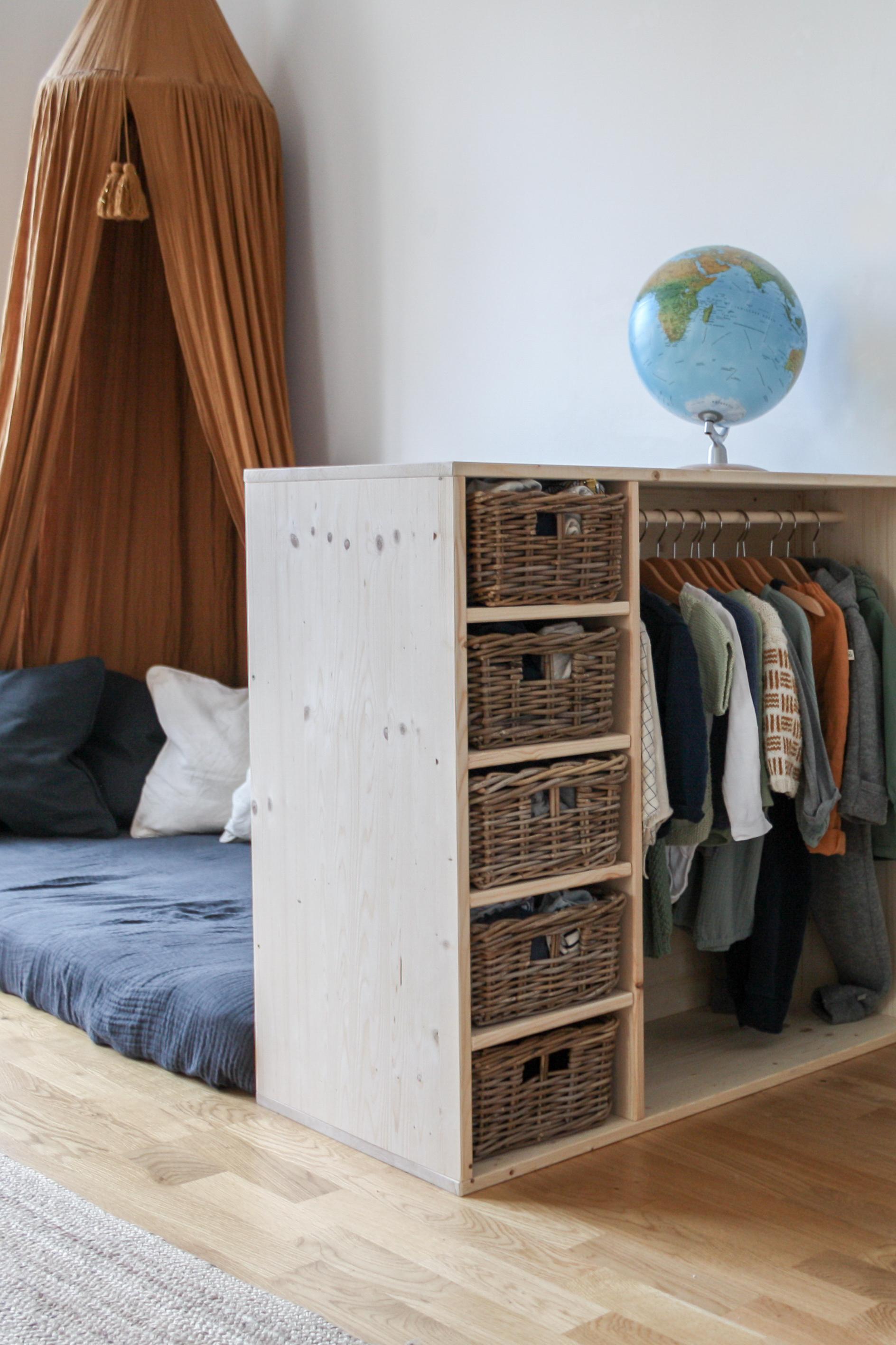 Diy Montessori Mobel Selber Bauen Kleiderschrank Und Bucherregal