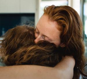 Um was es bei go hug yourself geht